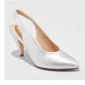 Nettie Silver Faux MicroSuede Heel pumps NEW